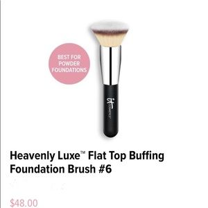 It Heavenly Luxe™ Buffing Foundation Brush #6